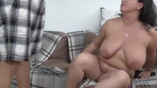 Chubby brunette mature gets laid by a youngster