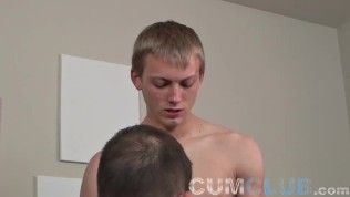 Eat My Cum – Young Cumshot Taken in Mouth & Swallowed