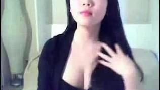 Korean Girl on Webcam Chat